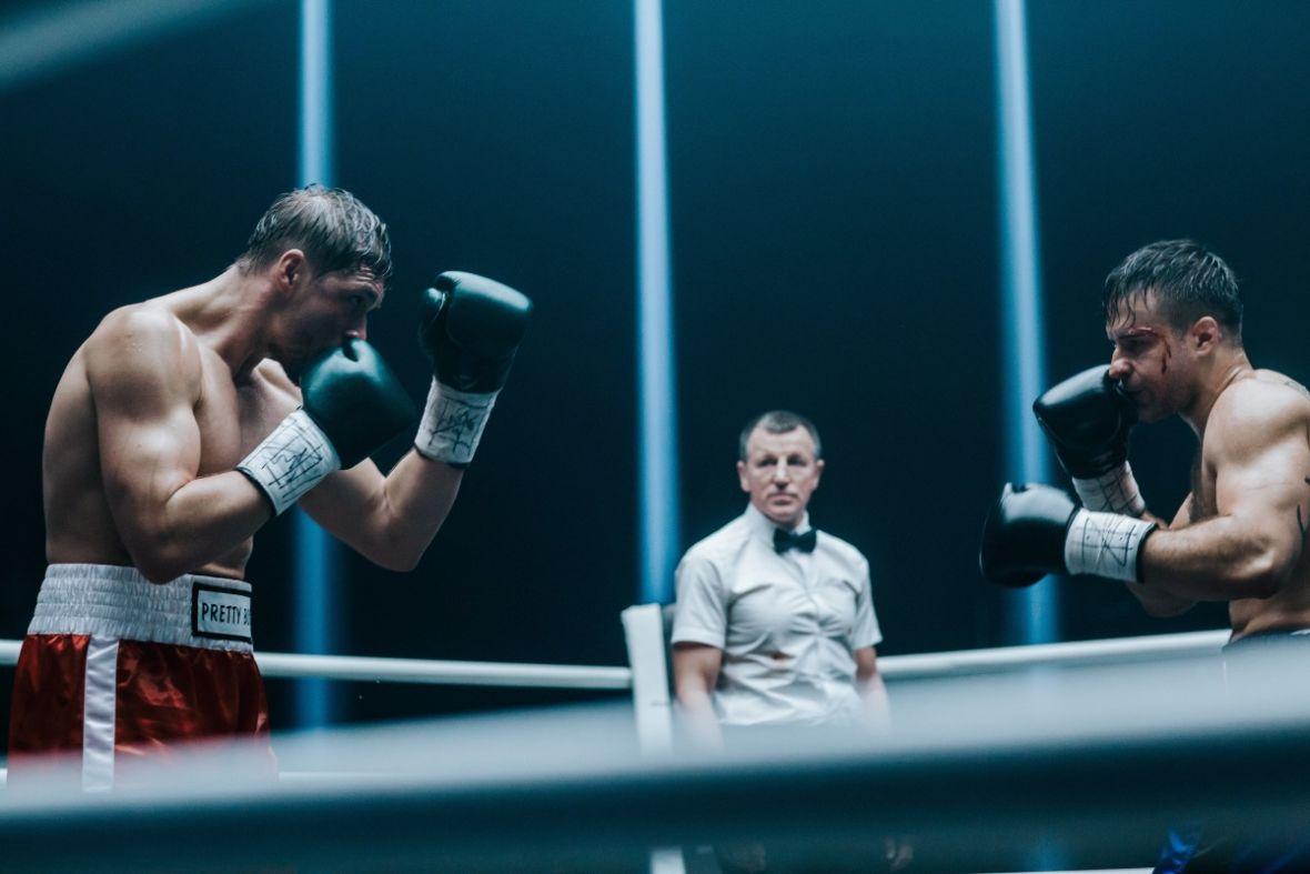 """Gorszego filmu o sportach walki nie znajdziecie. """"Fighter"""" jest już dostępny w sieci"""