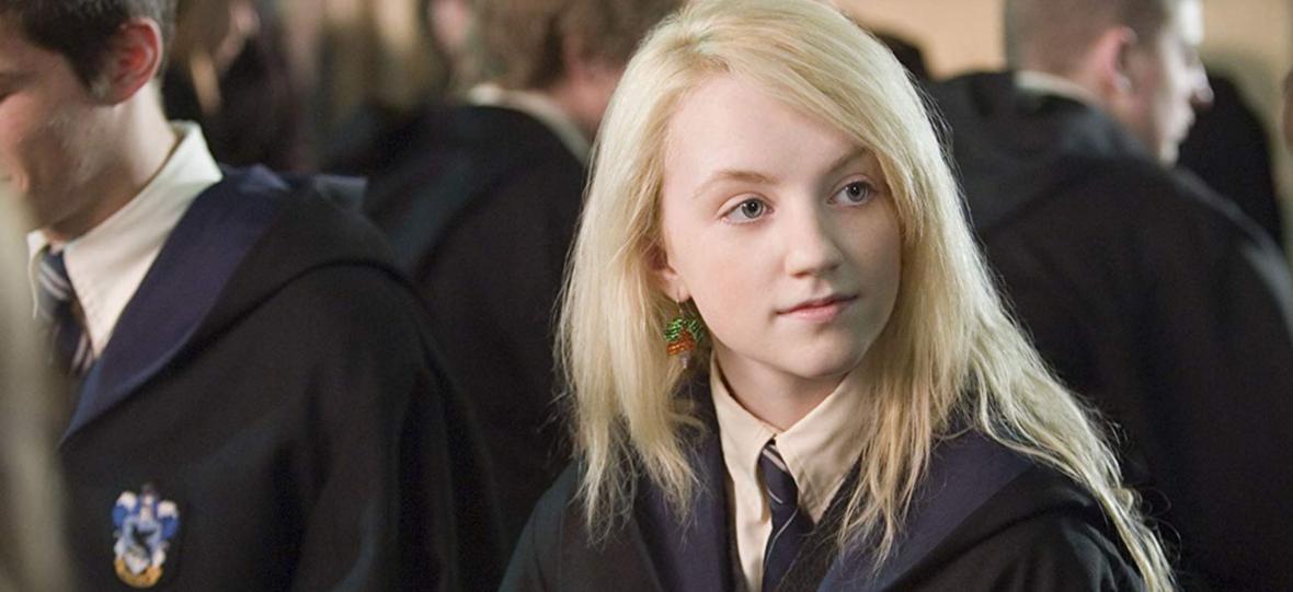 """Luna Lovegood broni J.K. Rowling, ale nie szczędzi jej też krytyki. Ciąg dalszy debaty o osobach niebinarnych w serii """"Harry Potter"""""""