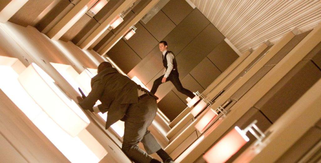 incepcja scena w hotelu