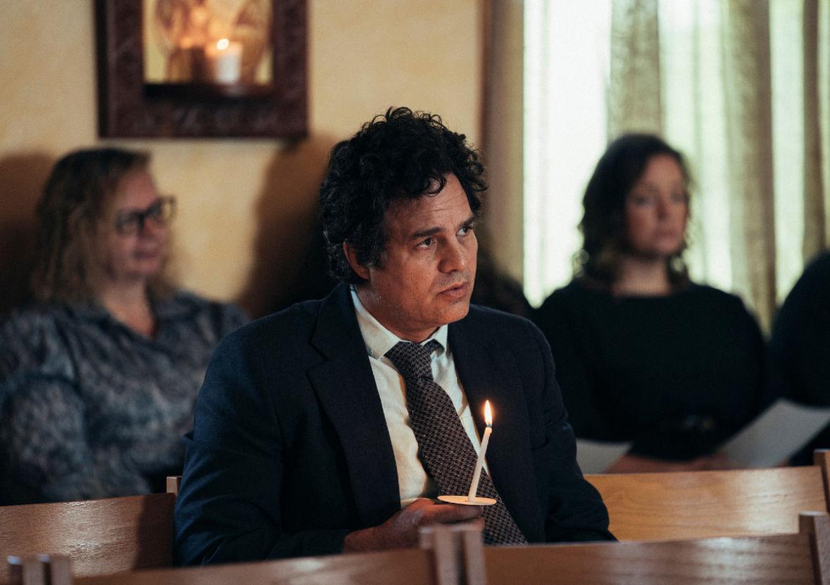 """Na HBO GO obejrzycie już w całości jeden z najciekawszych seriali tego roku. Mark Ruffalo opowiada o roli w """"To wiem na pewno"""""""