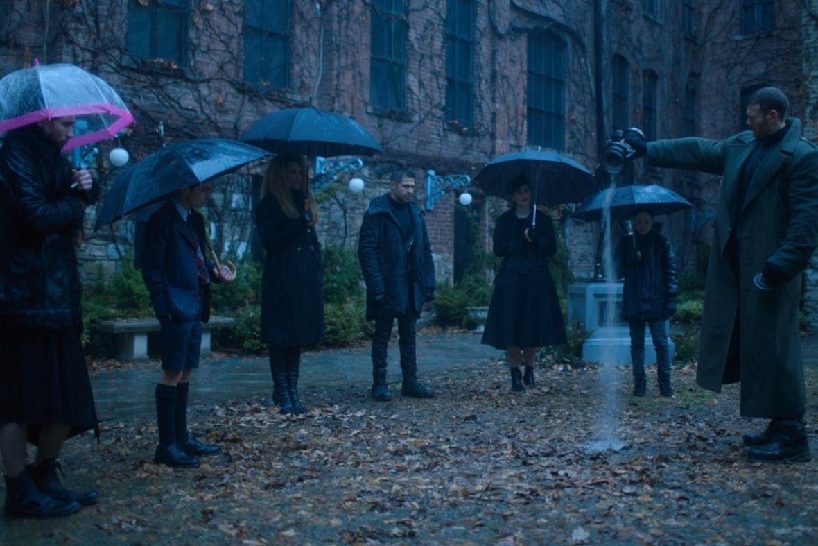 """Netflix rozgrzeje was w lipcu swoimi nowościami. Wśród premier m.in. 2. sezon """"The Umbrella Academy"""""""