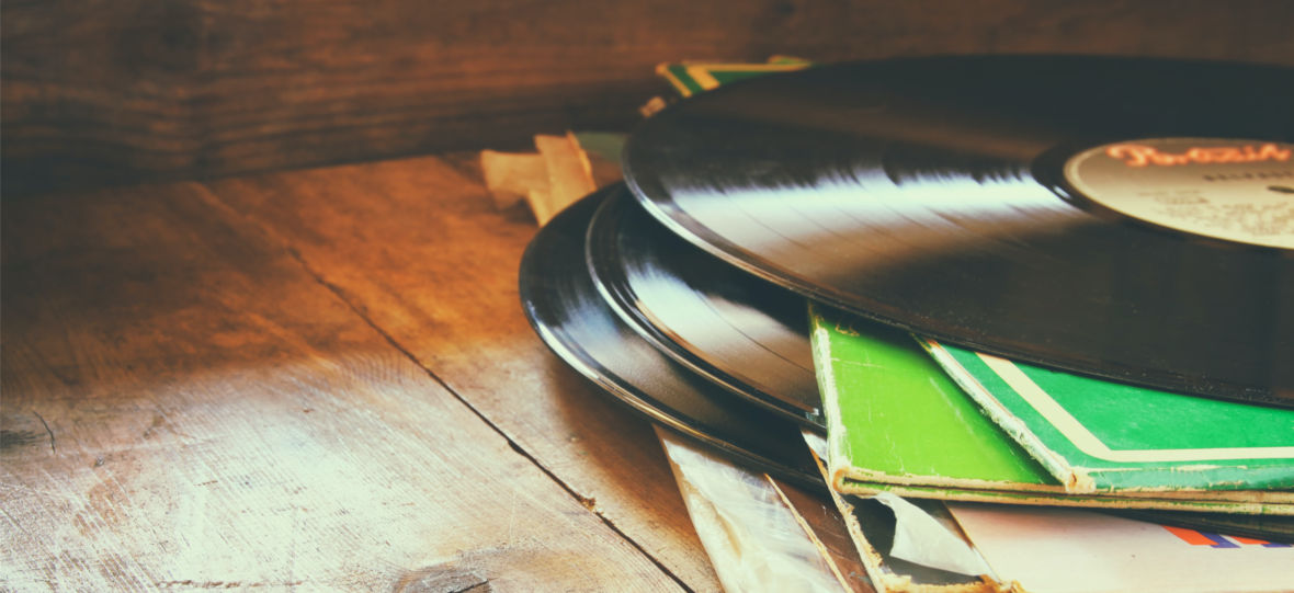 Muzyczne pamiętniki z pandemii. Polecamy premiery płytowe tygodnia
