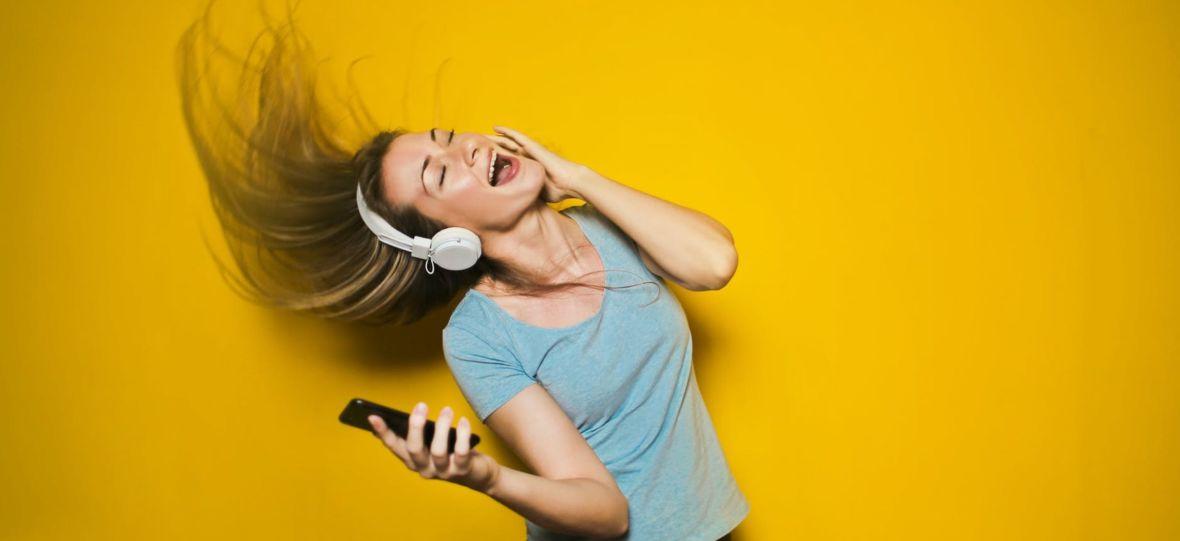 Już w ten piątek startuje Radio Nowy Świat. Posłuchacie go za darmo w aplikacjach Open FM i WP Pilot