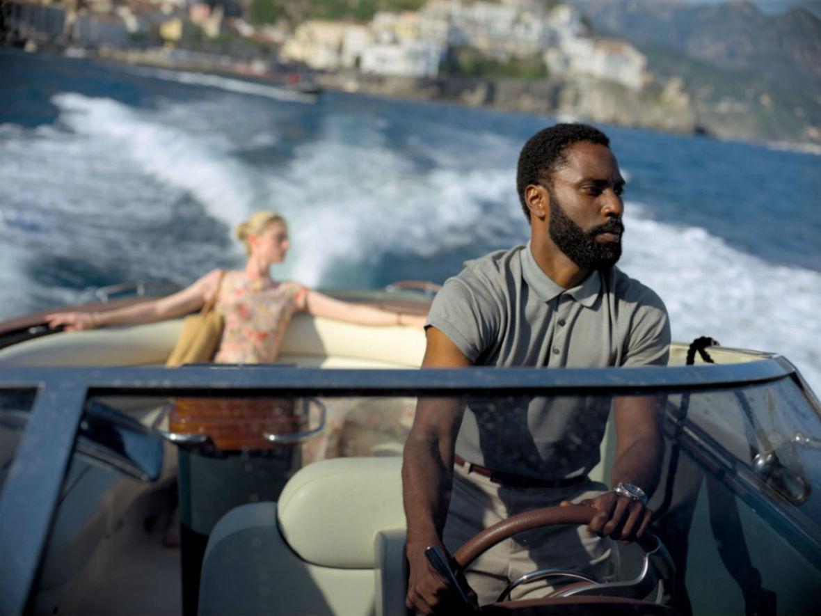 """""""Tenet"""" pojawi się w kinach w sierpniu. Jakie inne filmowe premiery zaplanowano na najbliższy miesiąc?"""