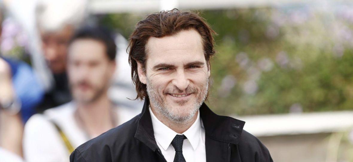 Joaquin Phoenix i Rooney Mara zostali rodzicami. Ich syn dostał imię po bracie aktora. Kim był River Phoenix?