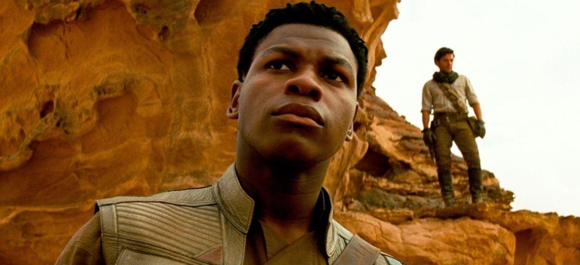 """Pisali mu, że """"nie powinien być szturmowcem, bo jest czarny"""" i grozili śmiercią. Gwiazdor """"Star Wars"""" oskarża Disneya o rasizm"""