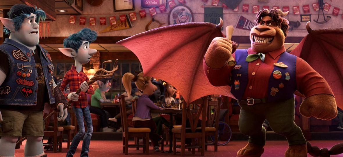 """Najnowszy film studia Pixar już dostępny na VOD. Dzisiaj premiera """"Naprzód"""" na HBO i HBO GO"""