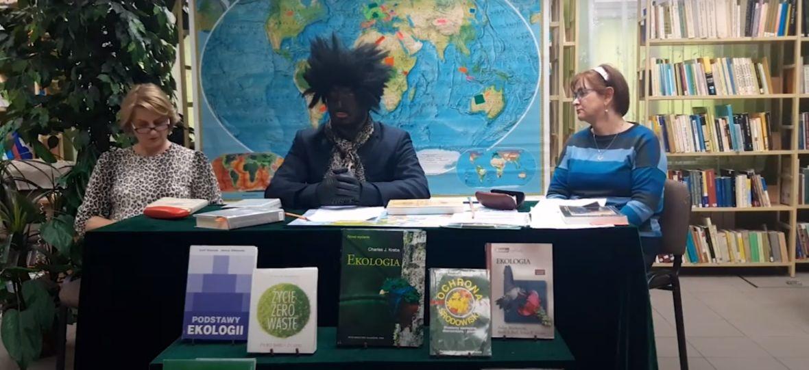To jeszcze promocja czytelnictwa, czy już rasizm? Blackface w polskiej bibliotece