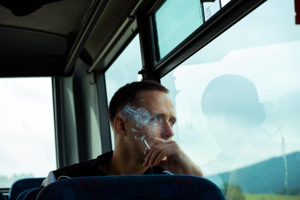 """""""Boże Ciało"""" ma prawie 100 proc. pozytywnych recenzji. Film Jana Komasy trafił do zestawienia najlepszych produkcji 2020 roku"""