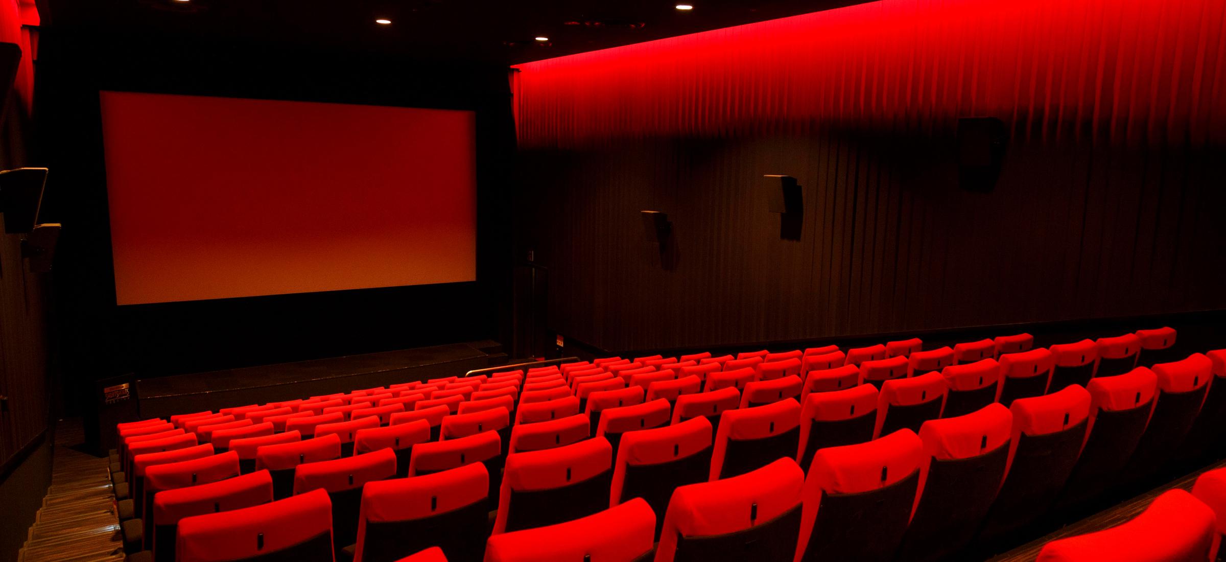Polskie państwo wspiera małe kina, ale ignoruje multipleksy. To może oznaczać koniec branży, jaką znamy