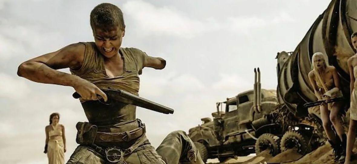 """Taylor-Joy będzie siać zamęt jako """"Furiosa"""". Warner Bros. ujawnia datę premiery spin-offa """"Fury Road"""""""