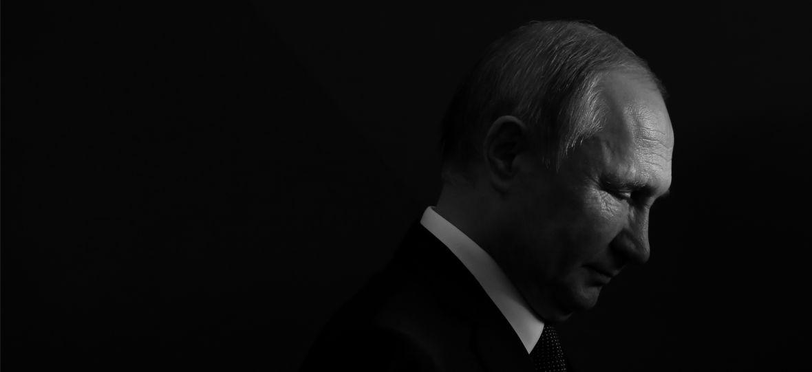 """Te opowieści brzmiąjak teoriespiskowe, ale są prawdą. """"Krwawe pozdrowienia z Rosji"""" to zapis zbrodni Putina"""