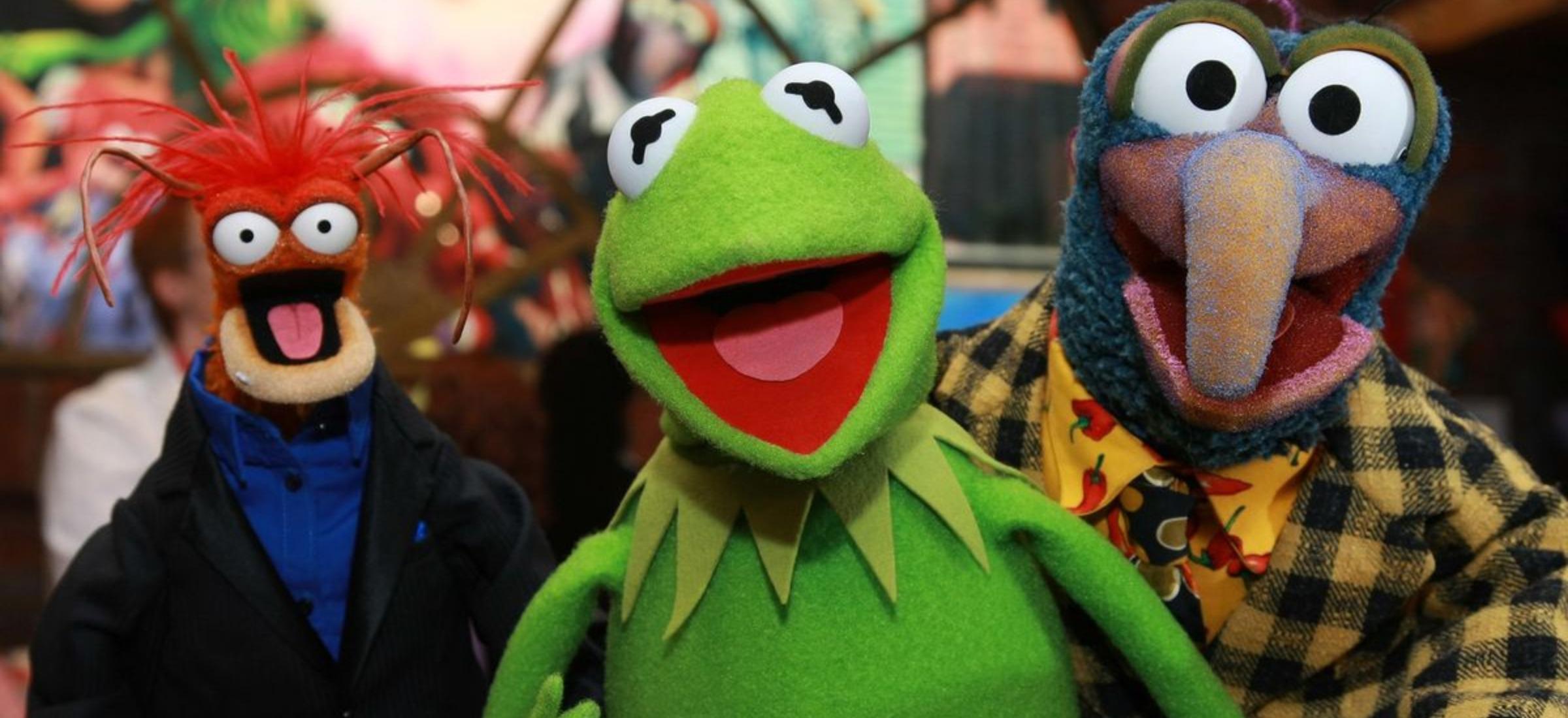 """Disney+ wpuścił serial """"Muppety"""", który promuje szkodliwe stereotypy. Jest ostrzeżenie"""
