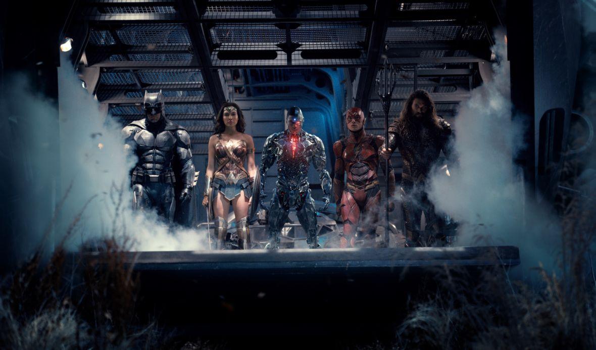 """Co właściwie dodaje, a co usuwa """"Snyder Cut""""? 9 różnic między dwiema wersjami """"Liga sprawiedliwości"""""""