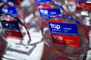 Ten prestiżowy tytuł zarezerwowany jest dla firm, które tworzą najlepsze warunki pracy, dbają o rozwój talentów czy doskonalą procesy rekrutacji. W tym roku Bank Zachodni WBK również otrzymał wyróżnienie Top Employers 2017.