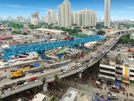 Podwyższona droga dla autobusów, Dżakarta, Indonezja