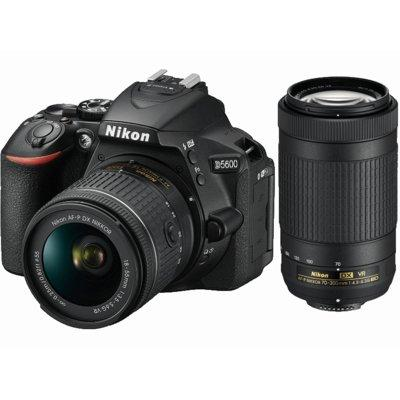 Lustrzanka cyfrowa NIKON D5600 + AF-P 18-55 VR + AF-P 70-300 VR