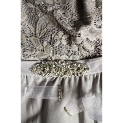 Organzowy biały pasek z kwiatowym kryształkowym wzorem 944