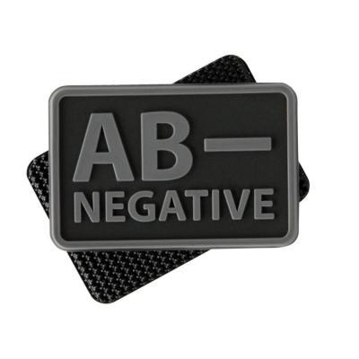 Emblemat helikon grupa krwi (komplet - 2szt.) - pvc - czarny-black - a/rh+ (od-blp-rb-01-m01)