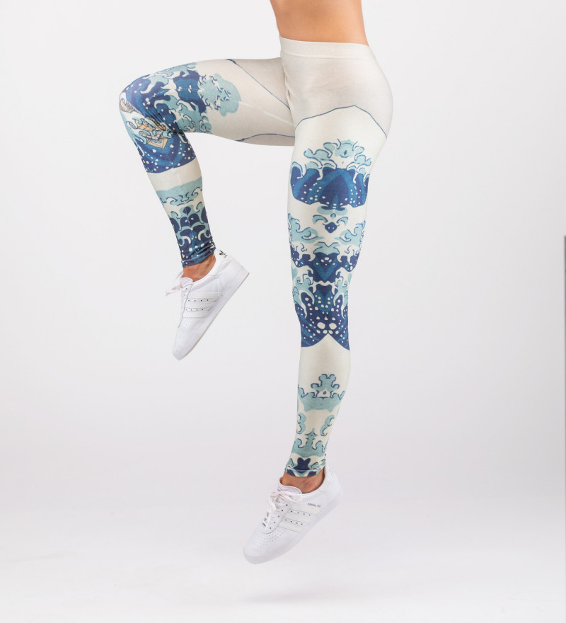 leggings with uneasy waters motive