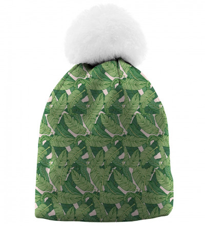 beanie with green leaves motive