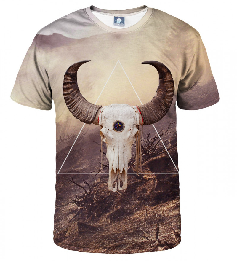 tshirt with goat motive