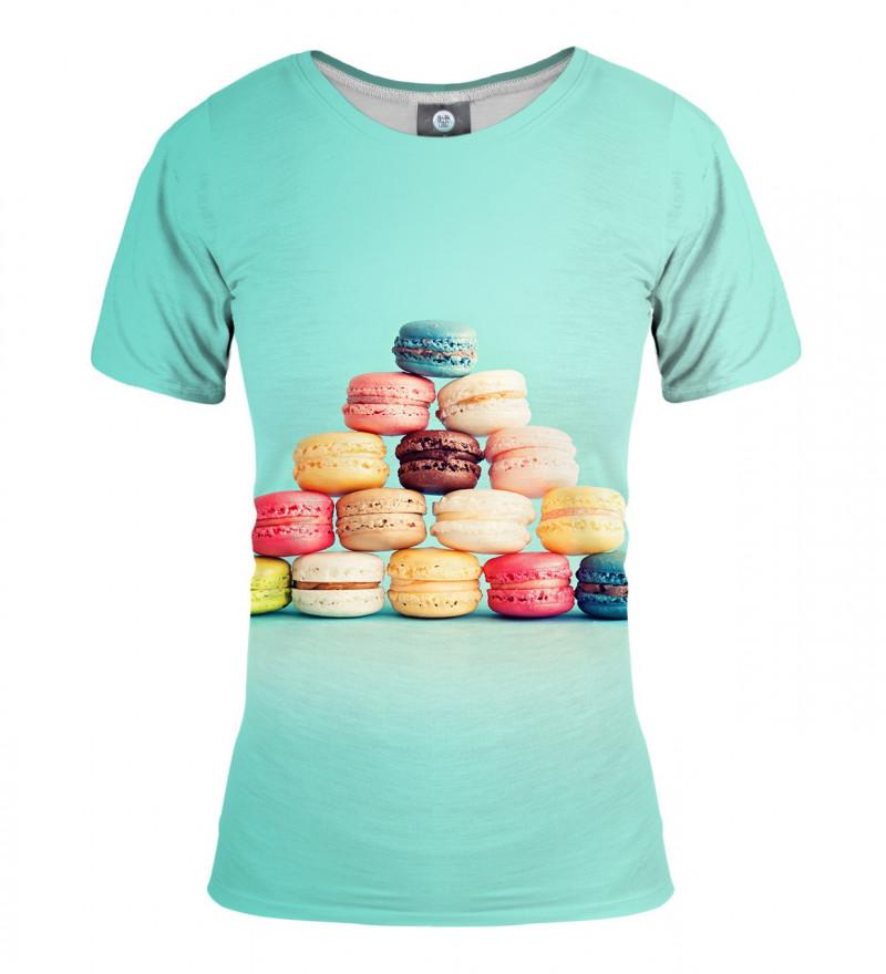 turquise tshirt with macarons motive