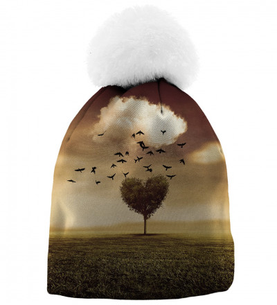 beanie with tree heart motive