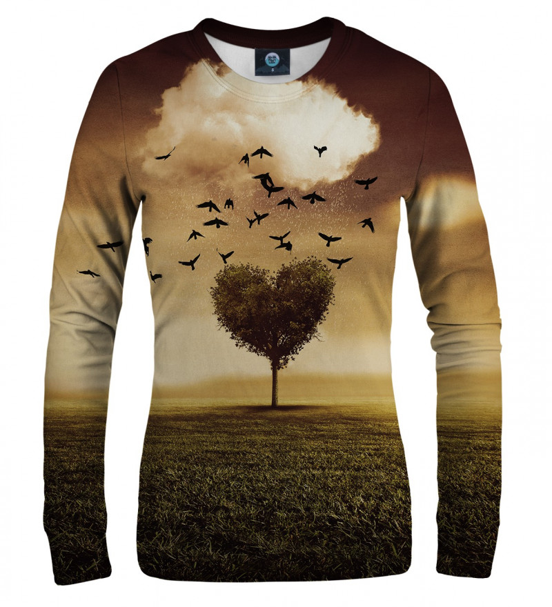 sweatshirt with tree heart motive