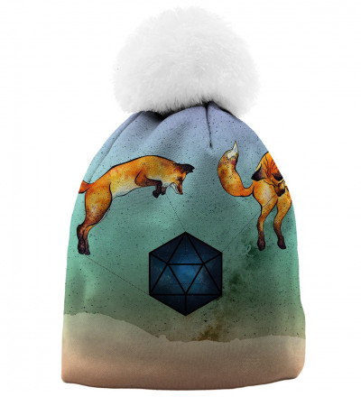 printed beanie with foxes motive