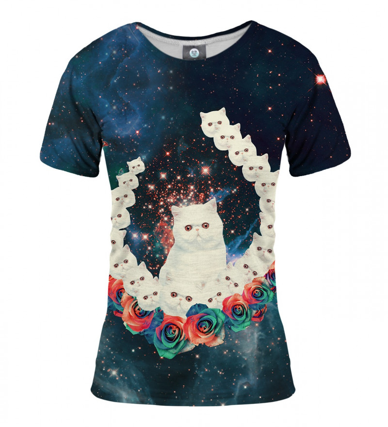women tshirt with cat and motive
