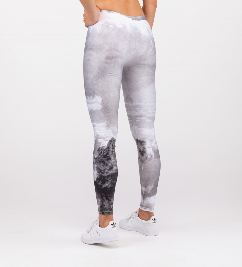grey leggings with explosion motive