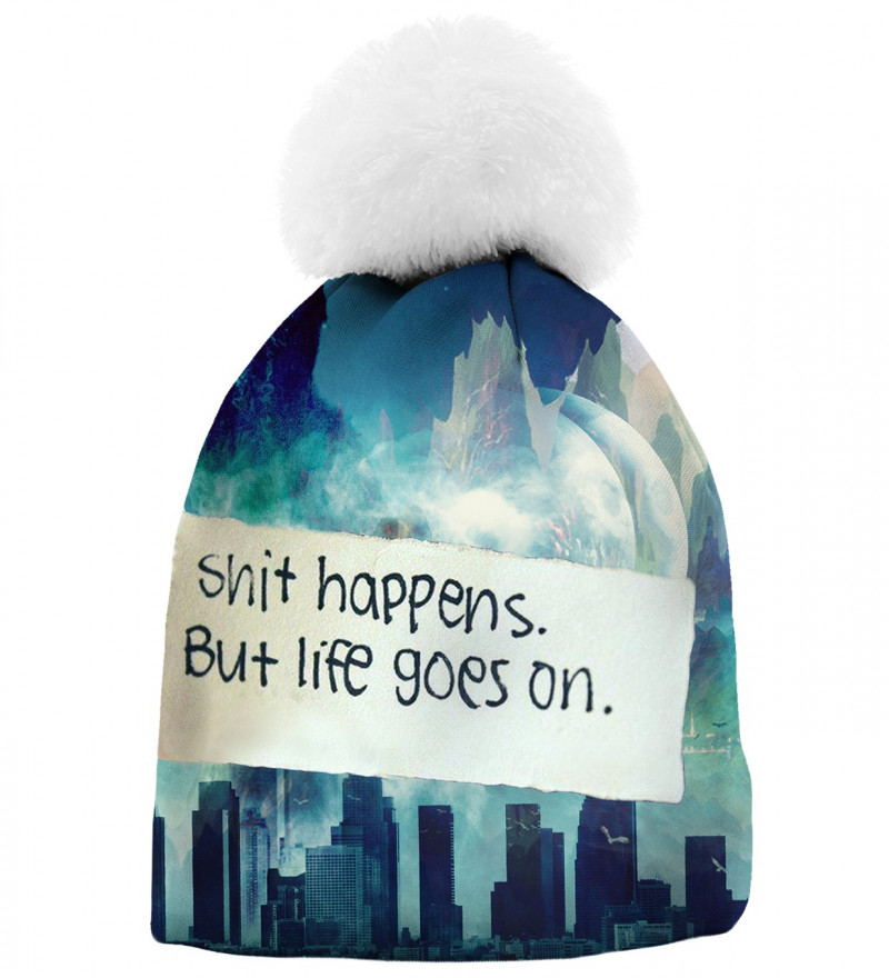 printed beanie with city motive and shit happens inscription
