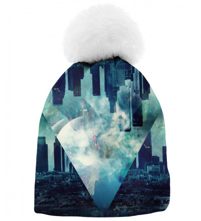 printed beanie with city motive