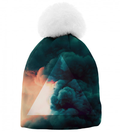 printed beanie with clouds motive