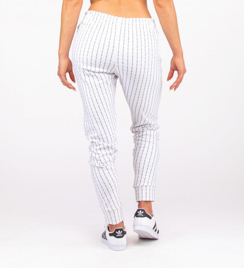 białe damskie spodnie z napisem fk you