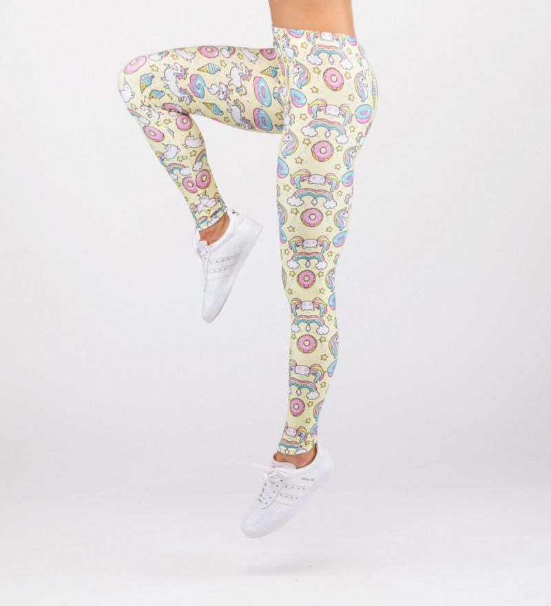 yellow leggings with unicorns motive