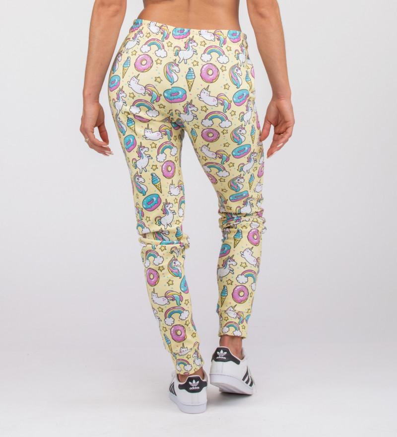 yellow sweatpants with unicorns motive