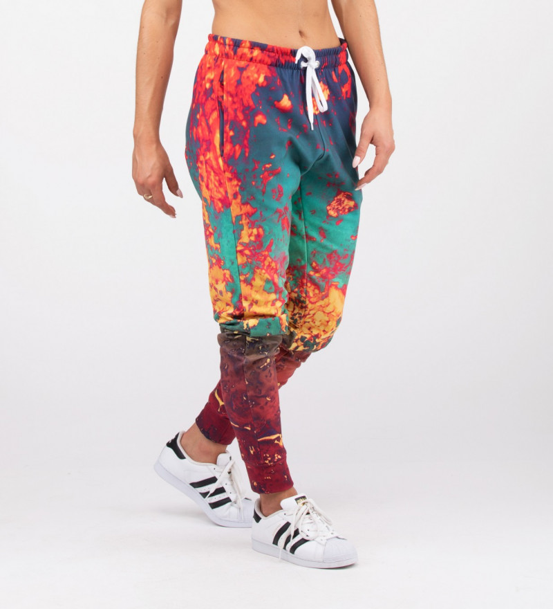 spodnie z motywem rdzy