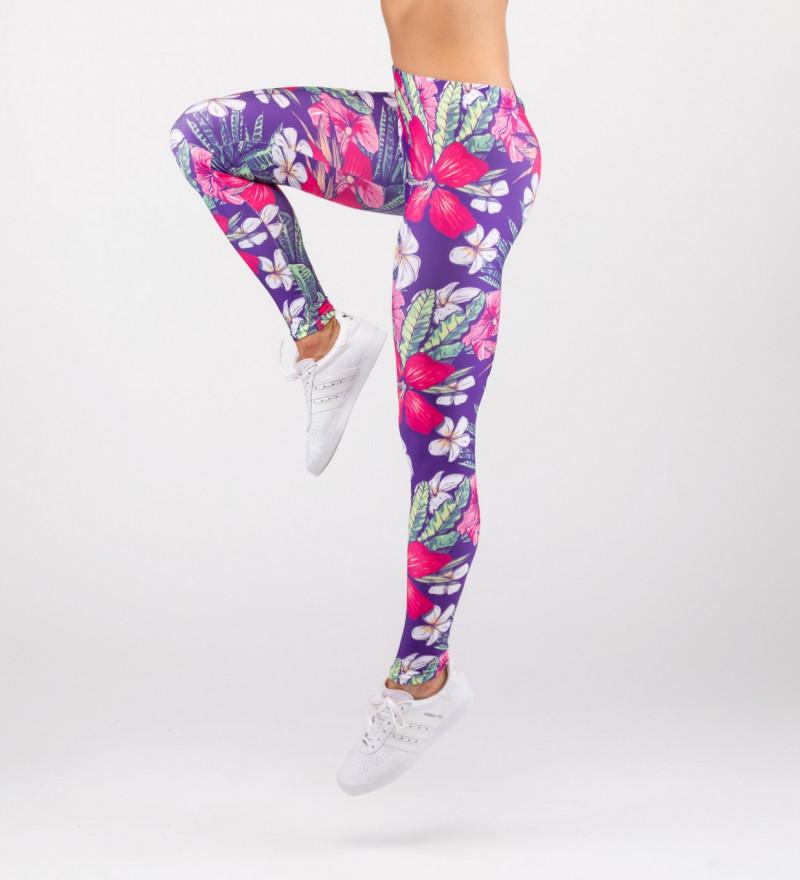 leggings with flowers motive