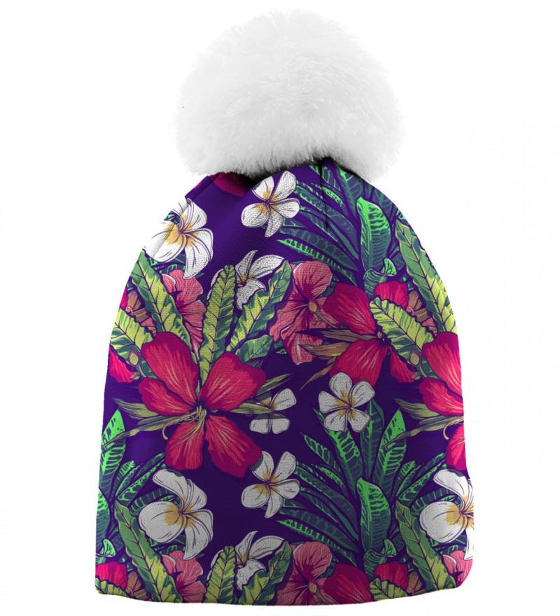 czapka z motywem kwiatów