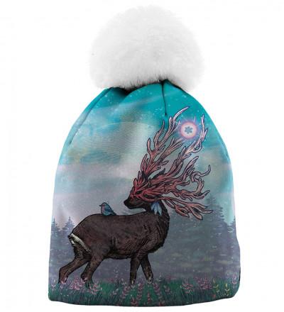 czapka z motywem jelenia