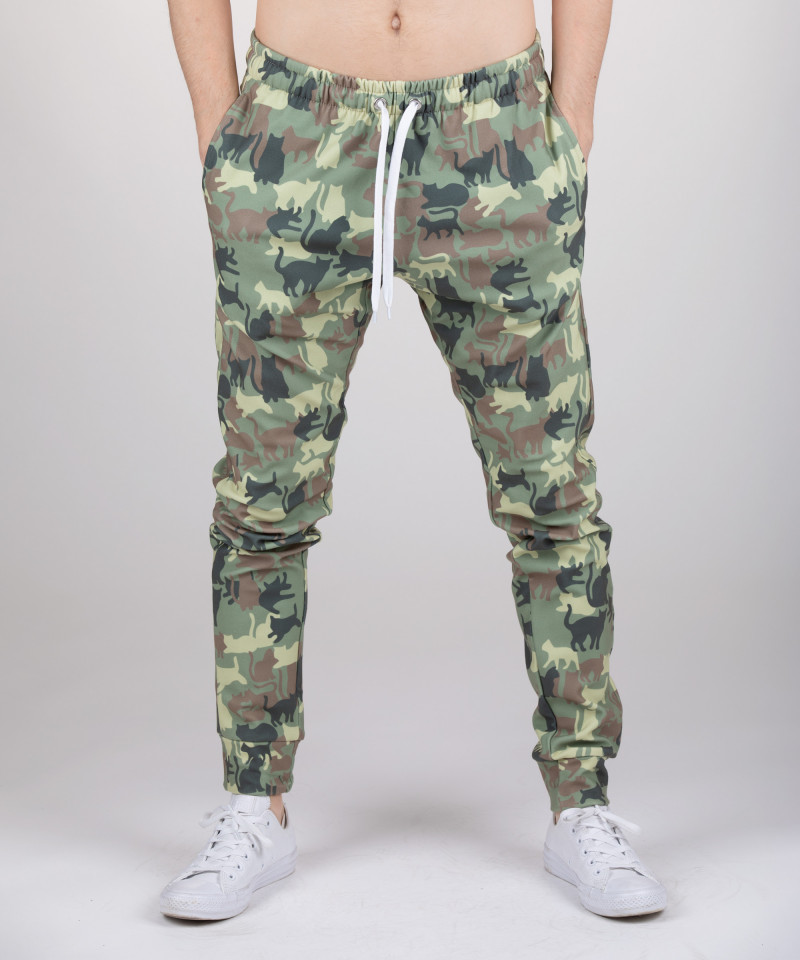 joggers with cats motive