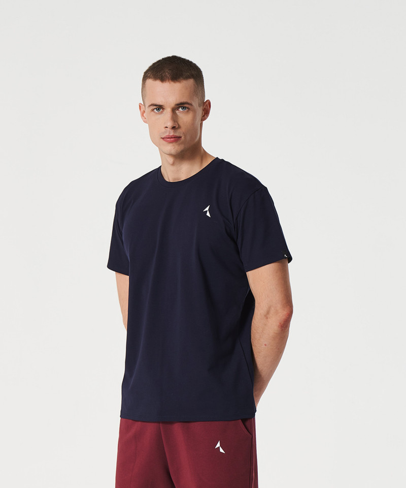 Granatowy t-shirt Scout 1