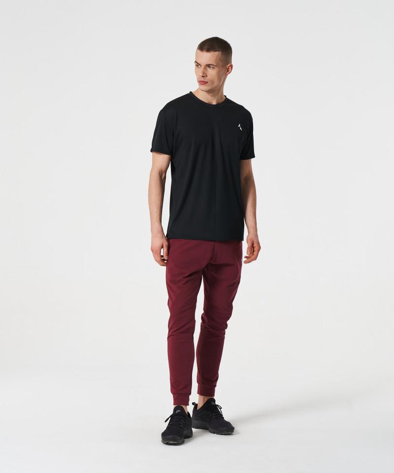 Czarny t-shirt termoaktywny 4