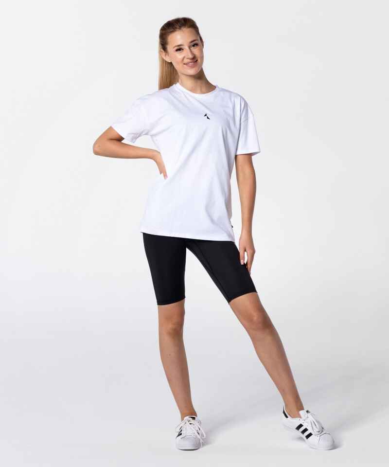 Белая футболка Boyfriend для активных женщин