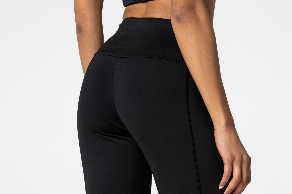 black leggings with reflective logo
