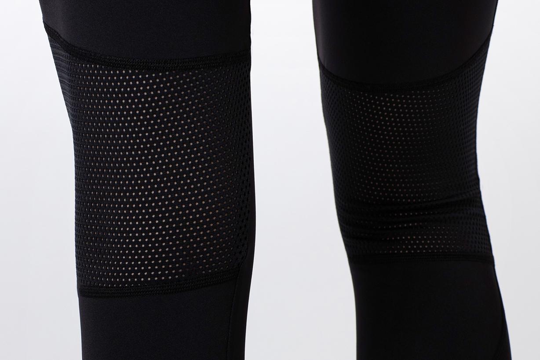 czarne legginsy z logo