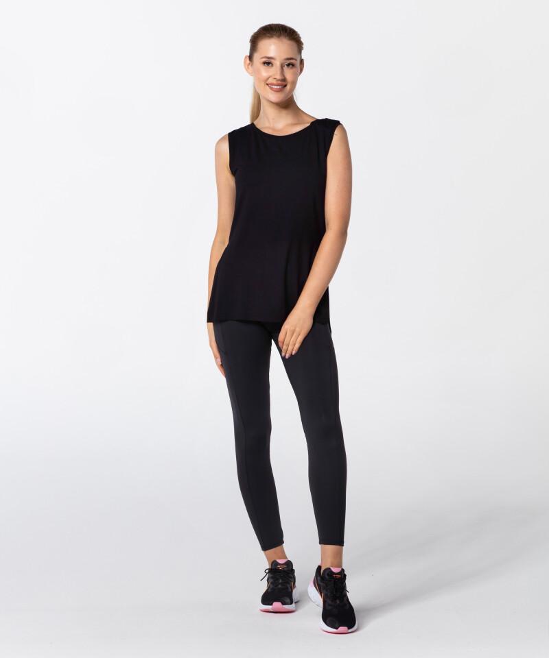 Женская черная футболка Slit