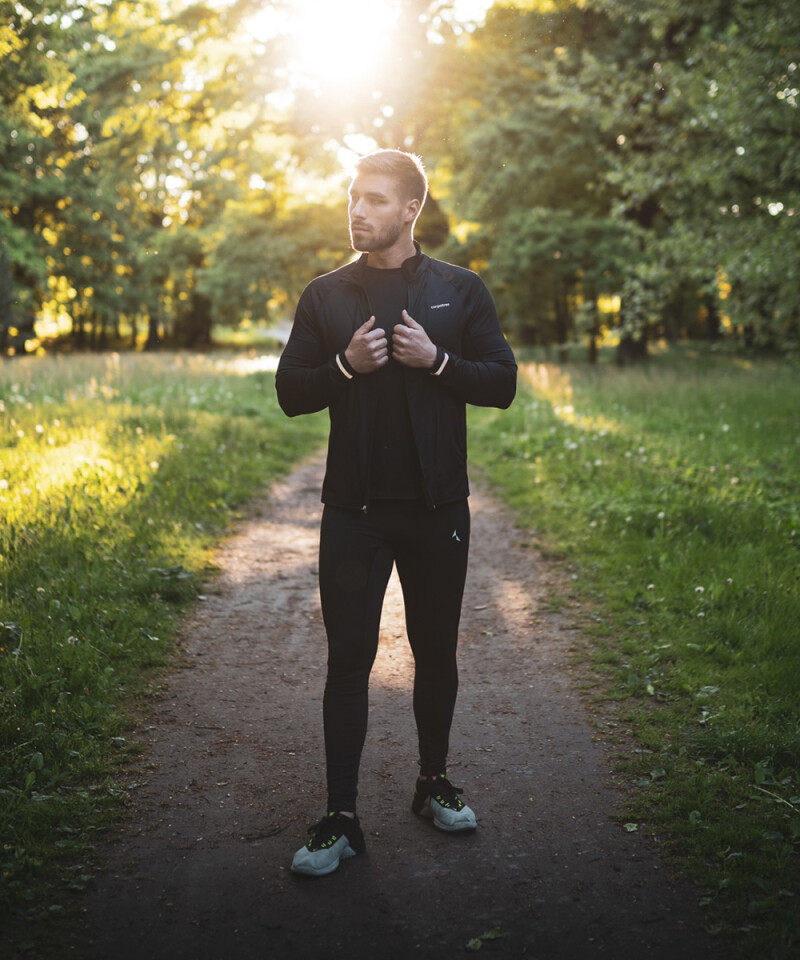 Sporty men's leggings